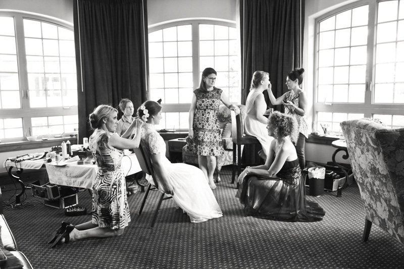 Wedding Photography and Couples Photography, bridal party getting ready