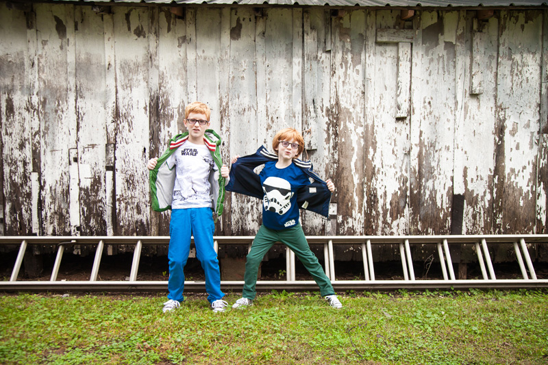 Senior Photography, Teen & Tween Photography, brothers being silly together