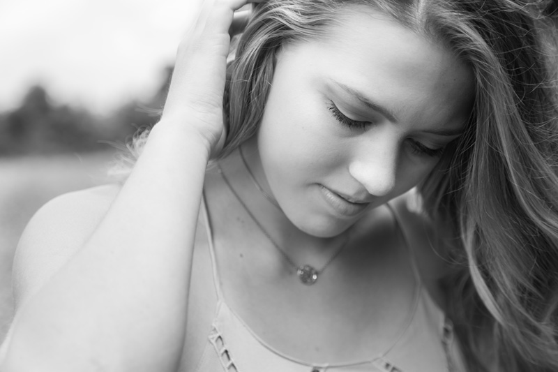 Senior Photography, Teen & Tween Photography, girl pushing her hair behind her ear
